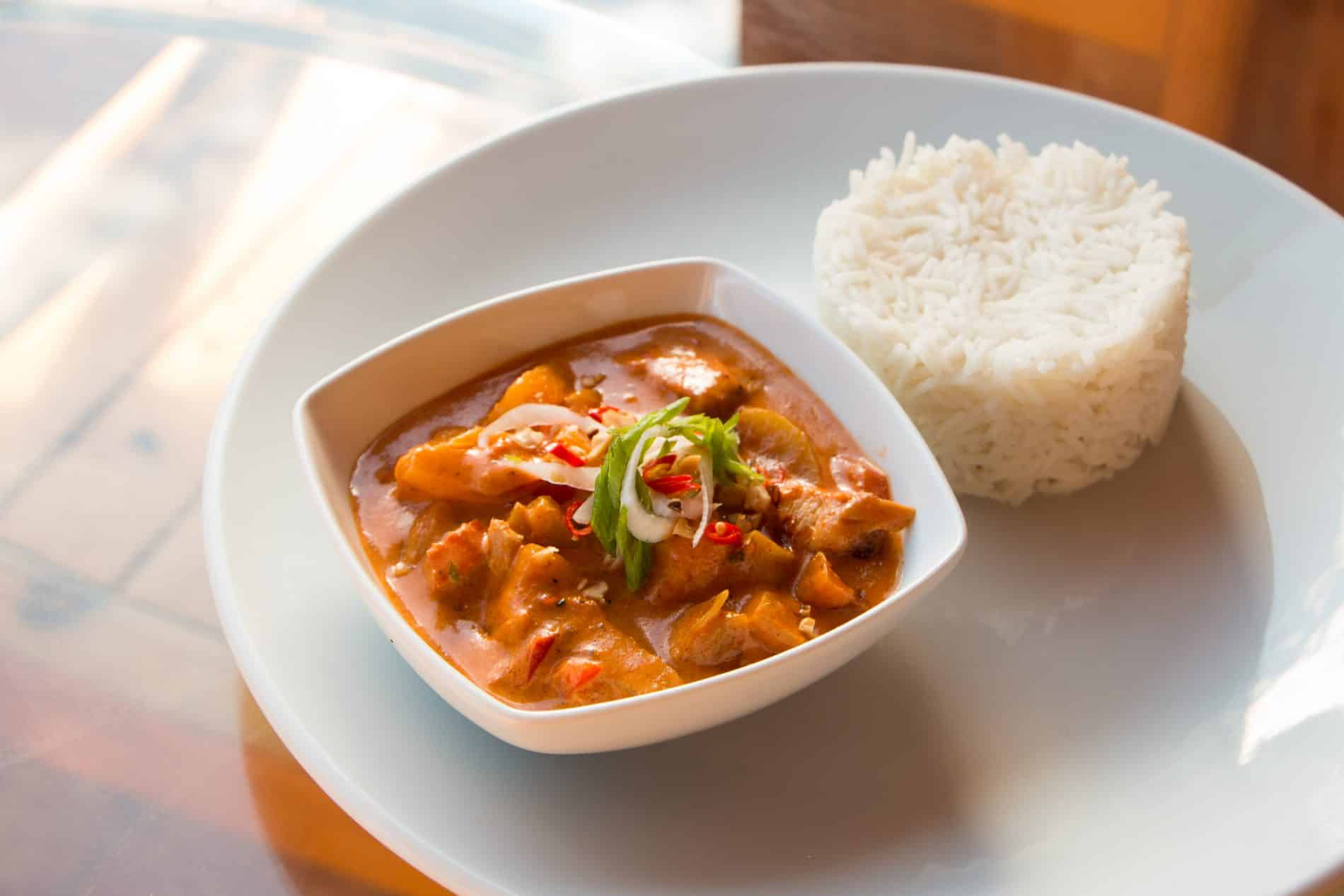 how to cook massaman curry