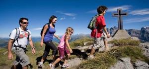 summer-hiking