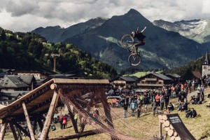 Louis Reboul performs at Crankworx in Les Gets on June 18th, 2016